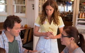 THE AFFAIR SEASON 1 EPISODE 1 SKY ATLANTIC HANDOUT ... Dominic West as Noah, Ruth Wilson as Alison and Maura Tierney as Helen in The Affair (season 1, episode 1). - Photo: Craig Blankenhorn/SHOWTIME - Photo ID: TheAffair_101_0971